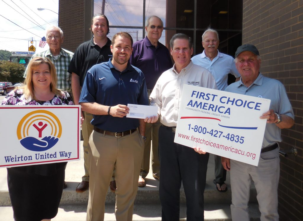United Way Golf Tournament Donation Picture